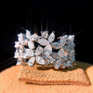 2021 New Arrival Sparkling Luxury Jewelry 925 Sterling Silver Marquise Cut Moissanite Diamond Party Women Wedding Leaf Band Ring Gift