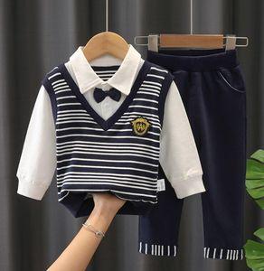 Baby boy designer clothing T-shirt pants 2pcs   set children's cotton suit children's clothing baby Lapel sportswear