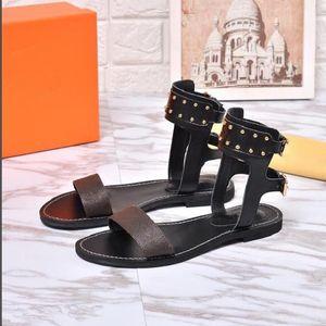 Diseño de marca mujer impresión de cuero vaca sandalias casuales, moda verano fresco playa zapato remaches gladiador zapato mocasines zapatillas, 35-41