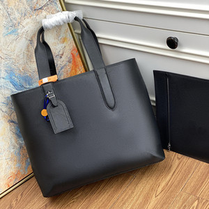 2021 new style All leather embossing A briefcase M57290 Inside is equipped with paste bag and removable zipper bag Hand or shoulder bags