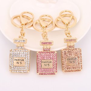 Crystal Perfume Bottle Keychain Bag Car Purse Key Chain Ring Pendant Jewelry Keyring Gift Souvenir Wholesale 3 Color Luxurys Designers Bags