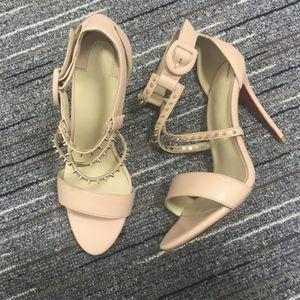 Марка продаж блеск красный Botton Botton Spiked плоская обувь женщин роскошные единомышленники блестки каблуки вечеринка свадьба заостренный носок
