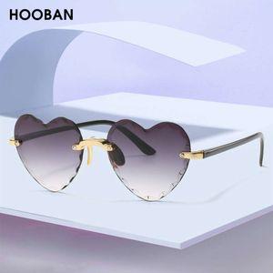 Дизайнер Мода Форма сердца Женщины Бренд Хобан Красивая 2020 Случайные Солнцезащитные очки для Женщин Винтажные Розовые Дамы Дам