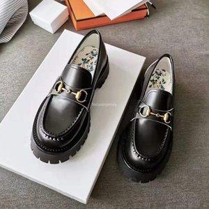 Kadınlar Için Yeni Tasarımcı Ayakkabı Horsbit Loafer Düşük Topuk Deri Pabucu Tek Loafer'lar Ile Rosebud Baskı Siyah Platformu Rahat Ayakkabılar 35-40
