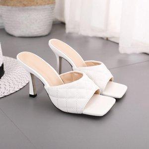 Обувь платье 2021 Сексуальная PU Diamond Square Head Peep Toe Тонкие высокие каблуки Тапочки Летняя мода на слайдах Женщины Мулы