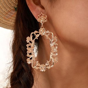 2021 New Vintage Women Flower Earrings Hollow Out Gold Long Dangle Alloy Earrings Matching Clothes Lady Fashion Jewelry Gift