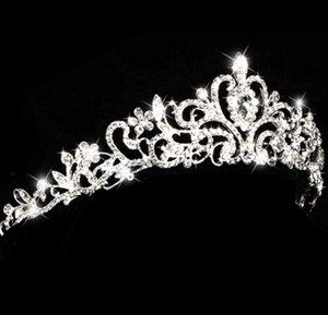 Europa und amerikanischer Stil Strass Königin Hochzeit Krone Tiaras Silber Braut Perle Kristalllegierung Tiara Haarschmuck Zubehör PS2441