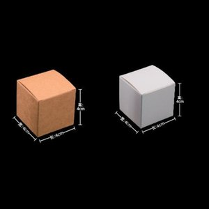50 pcs 5x5x5 / 6x6x6 / 7x7x7 / 8x8x8 / 9x9x9 / 10x10x10cm Branco / preto / Kraft Papel Quadrado Caixa DIY Handmade Soap Box Papel Papel Presente 672 K2