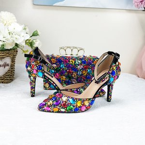 Женщины Свадебные и сумки Установить Разноцветные Кристалл Высокие каблуки Детские Женские Обувь Насосы Насосы Насос на шнуровке P84M