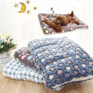 The new pet cat bed dog bed thicker pet soft velvet blanket blanket mattress household portable washable removable carpet to keep warm