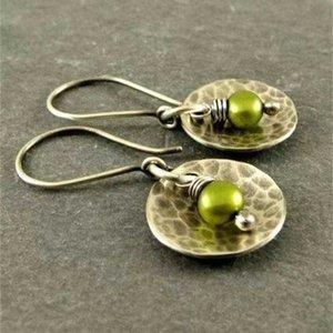 Yucheng New Olive Green Pearl Earringningngdb