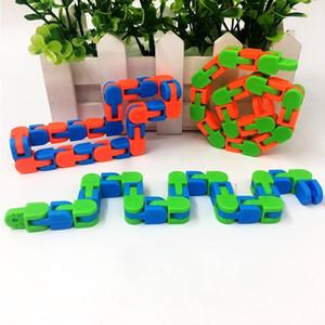track Bracelet chain decompression toy Bicycle chain Fiddle Anti Stress Hand Sensory Toys Finger Autism Training Fidget Toys SALE H24K5O5