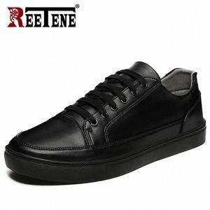 Réétuénier 2019 Chaussures décontractées Hommes Cuir Appartements Flats à lacets Chaussures Homme Casual Mode Sneakers Sneakers Cuir Confortable Plat R881 #