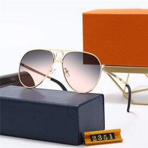 2021 Gelişmiş Moda Güneş Gözlüğü Bayan Kare Çerçeve Güneş Gözlükleri Basit Atmosfer Yabani Stil UV400 Koruma Lens Gözlük