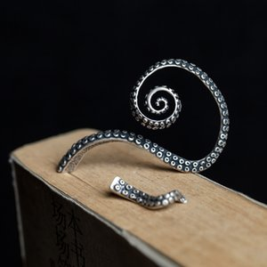 Dark dream S925 sterling silver fashion creative new expansion clip earrings punk Octopus ear accessoriesXPAM