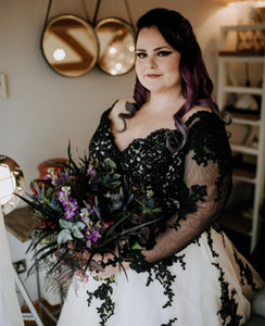 Vintage Black Lace Gothic Wedding Dresses 2021 Plus size Sweetheart A line Tulle Hollow Back Applique Cheap Wedding Dress Bridal Gowns New
