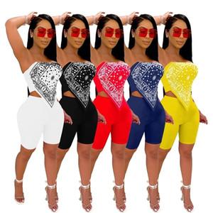Ropa de diseñador de chándales para mujer 2021 Trajes de dos piezas Club nocturno Sexy trajes impresos bordados Tops Shorts Set DHL