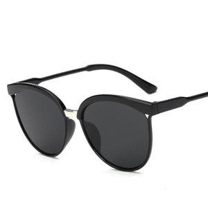 Plastic Candies Brand Designer Cat Eye Sunglasses Women Luxury Sun Glasses Classic Retro Outdoor Gafas