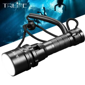 Professional Scuba Diving Light 200 Meter L2 Waterproof IPX8 Underwater LED Flashlight Camping Lanterna Torch by 18650 210608