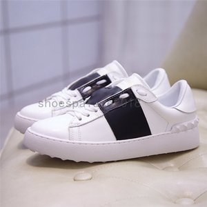 Puntos de estudio Zapatos casuales Hombres negros Mujeres Chaussure Shoe Beautiful Plataforma Cuero Colores SÓLIDOS SHIRPES ROCKSTUD Untitled Noir Dress Shoe