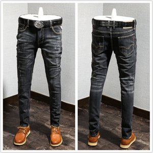 2021 new Mens designer jeans luxury Slim Ripped jeans mens street Motorcycle Italy Dilapidated and retro mens jean pants size 28-38