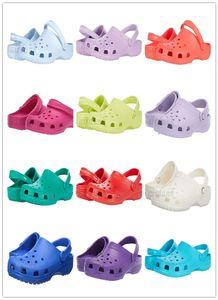 Mit Box Hotsale Mode Slip On Casual Beach Clogs Wasserdichte Schuhe Männer Klassische Pflege Clogs Krankenhaus Frauen Hausschuhe Arbeit Medizinische Sandalen