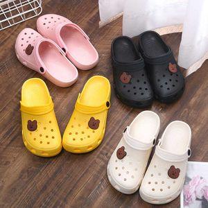 Yaz Kadın Croc Takunya Platformu Bahçe Sandalet Karikatür Meyve Terlik Kız Plaj Ayakkabı Moda Slaytlar Açık Sandalias De Mujer Y0714