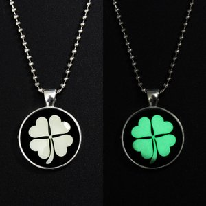 Romantic Four Leaf Clover Luminous Necklace Classic Glow In The Dark Pendant Bead Chain Necklaces Handmade Glass Dome Jewelry