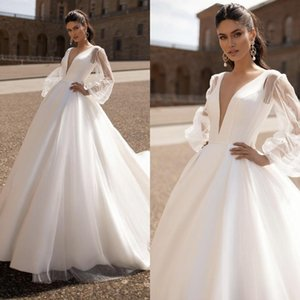 New Beach Bohemian A-Line Wedding Dresses Deep V Neck Long Illusion Sleeves Bridal Gown Plus Size Court Train Tulle Boho Wedding Dress