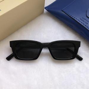 2021 Star coréen Jennie Coopération GM Sunglasses Jentle Home Femmes Femmes Élégantes Sunglass Lady Petit cadre Verres de soleil 1996
