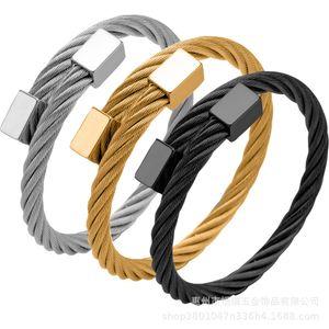 Sıcak satış moda trendi paslanmaz açık kare kafa üç renk çelik tel bilezik takı