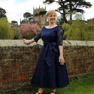 Элегантный темный темно-синий Full кружевная мать невесты платья с 1/2 длиной длиной рукава длина чая формальная вечеринка плюс размер свадьбы гостевые платья