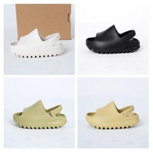 تسليم سريع 2021 أحذية الأطفال الصبي فتاة الشباب كيد الأزياء الصحراء الرمال شاطئ شبشب رغوة عداء صندل