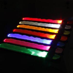 Fulgor da braçadeira do brilho do brilho da faixa do slap do diodo emissor de luz no brilho da braçadeira piscando do diodo emissor de luz do diodo emissor de luz do diodo emissor de luz