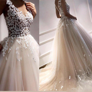 Modest Champagne A Line Wedding Dresses V Neck Sweep Train 3D Floral Applique Covered Buttons Back Garden Wedding Bridal Gown Custom Made