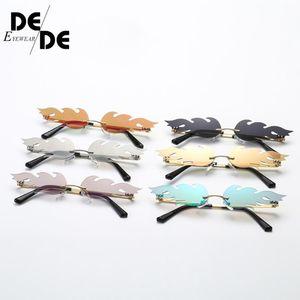 Gafas de sol Moda Fuego Llama Gafas de lujo Diseño de lujo Sombrilla estrecha Sombre Streetwear Mujeres Hombres Hombres Onda Rimless Gafas de sol 130