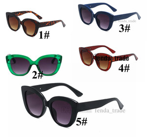 Cat Ladies Sunglasses Women Square Sun Glass Retro Fashion Shopping Mirror New Design Glasses Designer Fashion styles 5 colors 10PCS