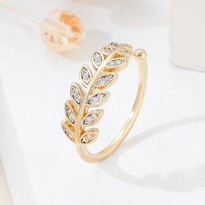 손으로 장식 된 한국어 중공 도금 지르코늄 상감 체인 잎 래핑 기하학적 골드 반지