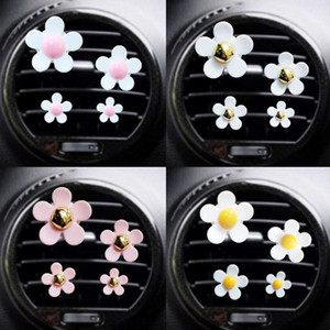 car outlet vent perfume clip small daisy air conditioning aromatherapy clip car interior decoration supplies air freshener