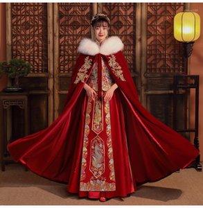 Wraps & Jackets Christmas Wedding Cape Custom Coat Winter Luxury Jacket With Fur Bridal Gold Appliques Wrap Long Party1