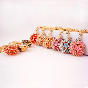 Enamel Alloy Keychain Spring Flower Jewelry Pendant Decorated Gold Tone Alloy Lobster Clasp Car Key Chains Handbag Tassel Rings 3pcs
