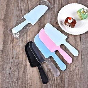 Einweg-Kunststoff-Kuchen-Cutter Geburtstag-Dessert-Hochzeitsmesser und -gabel mattierte schwarze rosa transparente Massenunabhängige Verpackung