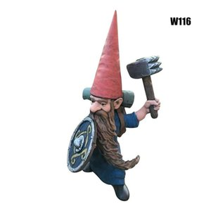 Novelty Items Garden Gnome Statue Hand Painted Outdoor Dwarf Resin Decoration Art Decor For Home Courtyard