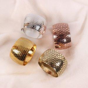 4шт сплава салфетки кольца 4см диаметр золота / серебристый / медный держатель салфетки для свадебных отелей украшения вечеринки 210316