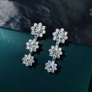 HBP Fashion New S925 Pure Tremella Nail Flower Light Anillo de lujo con diamante y versátil Simple Platinum 5A Zircon Pendientes