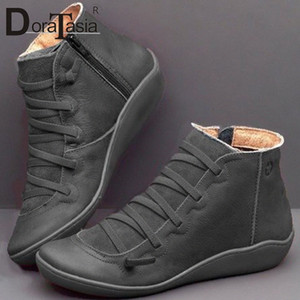 Doratasia New Big Size 35 43 Ladies Ins Stivali Hot Boots Donne Zip Cross Legato Stivaletti Stivaletti Sole Hot Suola Tacchi Scarpe Donna B2CD #