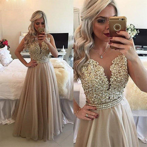 2021 Chiffon Beaded Long Prom Dresses Lace Applique Sheer Back Sleeveless Formal Gown O-Neck Floor Length Evening Dresses