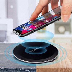 High Quarity Universal Ultra-thin Qi Wireless Charger Fashion 5W 10W Portable Fast Charging for IPhone X 11 12 Pro