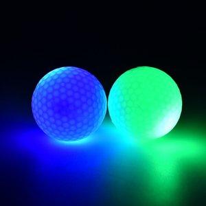 1 조각 led 빛 위로 골프 공을 깜박이는 어두운 밤 골프 공에서 깜박임 멀티 컬러 훈련 골프 연습 공 선물