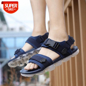 2019 Fashion Ins Mens Sandals Summer Men Holiday Shoes Flat Casual Man Beach Sandals Black Red Blue Summer Male Shoes A1424 #mT4K